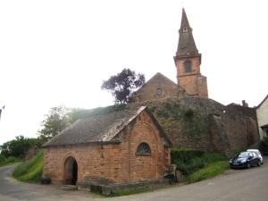 Étrigny church and lavoir
